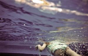 underwater5sm.jpg